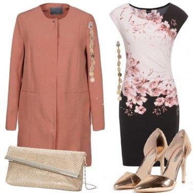 Outfit A fantasia floreale