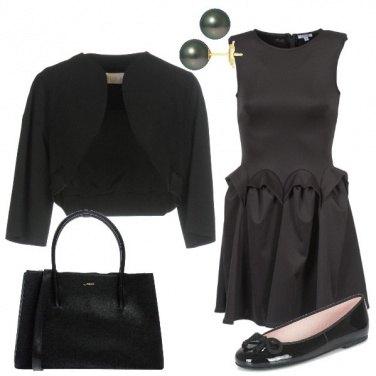 Outfit Nero bon ton