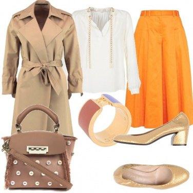 Outfit Décolleté dorato