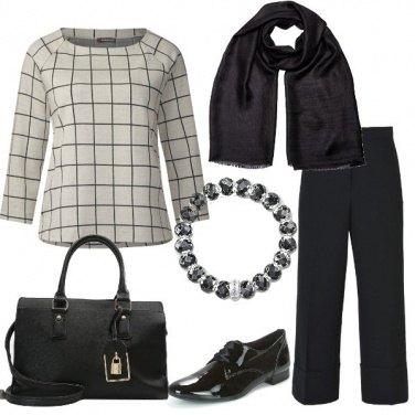 Outfit A quadretti