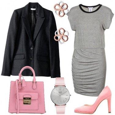 Outfit Capi ed accessori rosa