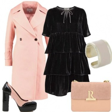 Outfit Outfit Bon Ton in rosa e nero