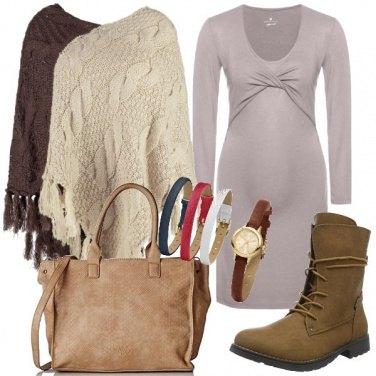 Outfit Mamma con mantella