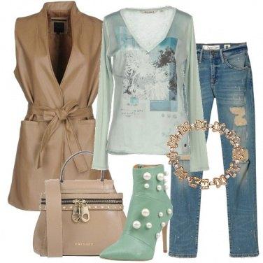Outfit Minibag e stivaletto con perle