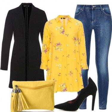 Outfit Giallo mimosa