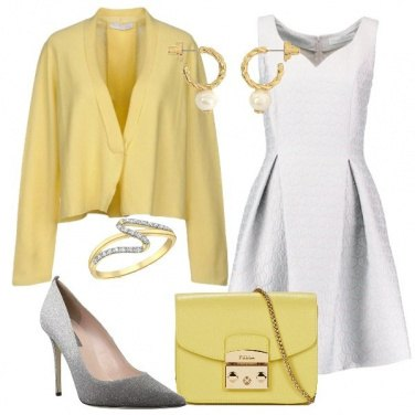 Outfit Tocchi in giallo chic