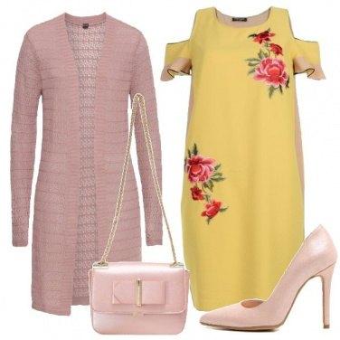Outfit Giallo a fiori