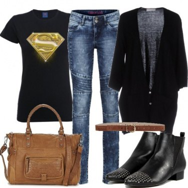 Outfit Sono un supereroe