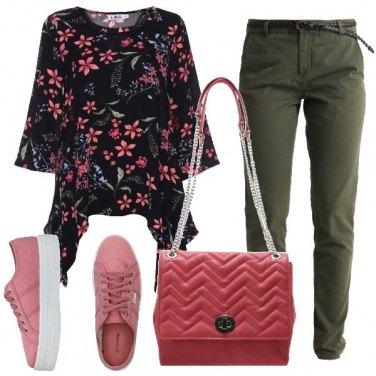 Outfit Tunica a fiori