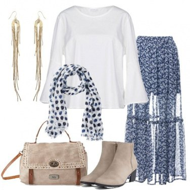 Outfit Gonna lunga blu in fantasia