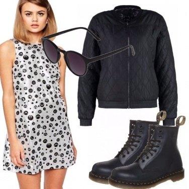 Outfit Abitini mania in argento e nero