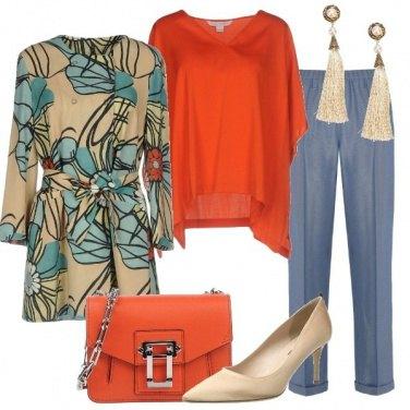 Outfit Elegante in blu e arancio