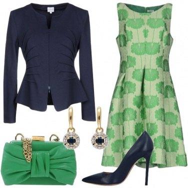 Outfit Invitata in verde e blu