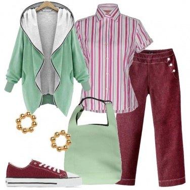 Outfit Prugna e verde chiaro