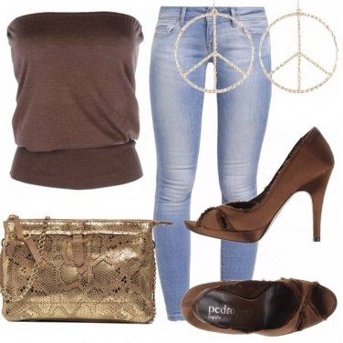 Outfit Cacao e oro