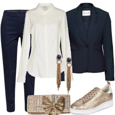 Outfit A lavoro con le sneakers d\'oro