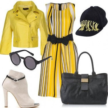Outfit Street style in giallo