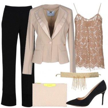 Outfit Cerimonia con dettagli mannish