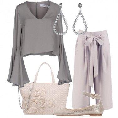 Outfit A colori delicati