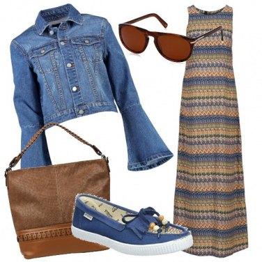 Outfit Jeans e fantasia etnica