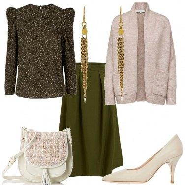 Outfit Verde e panna