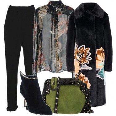 Outfit Fantasie floreali