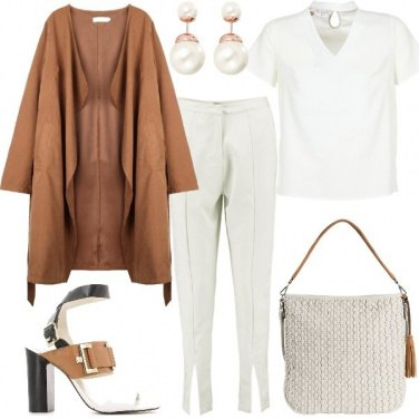 Outfit Chic in bianco e coloniale