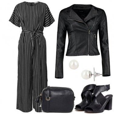 Outfit Con la jumpsuit a righe