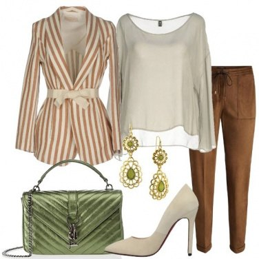 Outfit Giacca in fantasia rigata