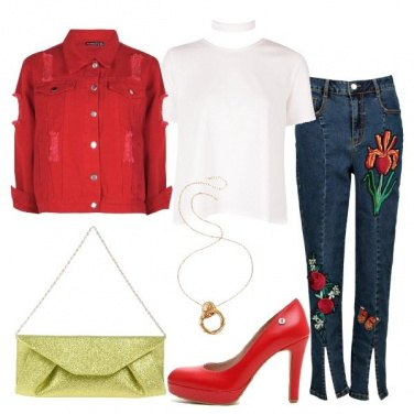 Outfit Skinny con ricami floreali