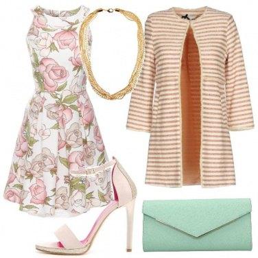 Outfit Fiori righe e tacco