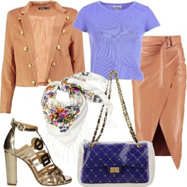 Outfit Proposte in beige e viola trendy