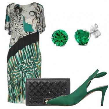 Outfit Accenni di verde per il matrimonio