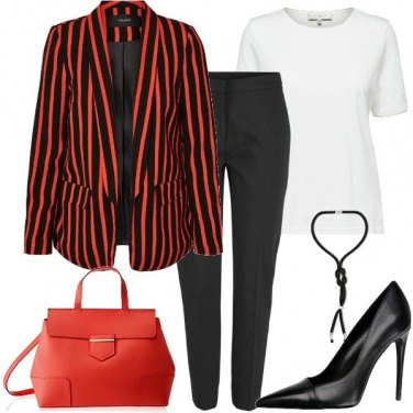 Outfit Il blazer a righe rosse