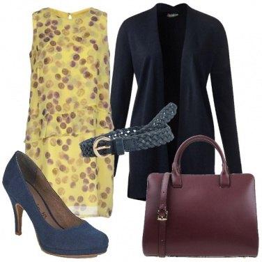 Outfit Giallo blu e melanzana