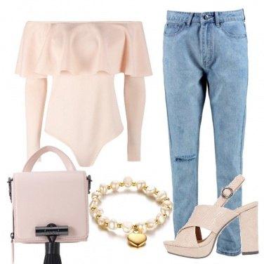 Outfit Body con balza
