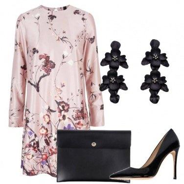 Outfit Con l\'abito a fiori
