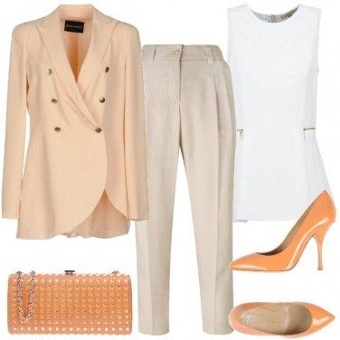 Outfit Arancio pallido