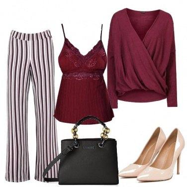 Outfit Pantaloni palazzo e mille righe