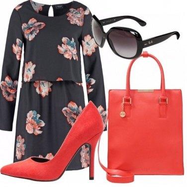 Outfit Tonalità corallo