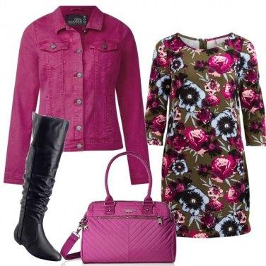 Outfit Fiori in fucsia