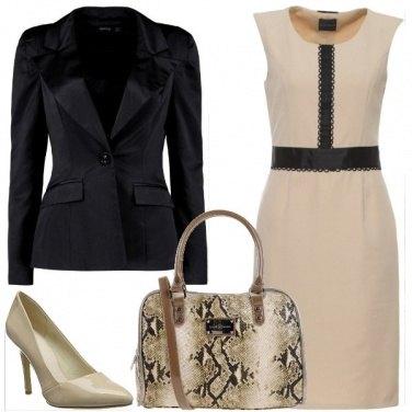 Outfit In ufficio con il tubino