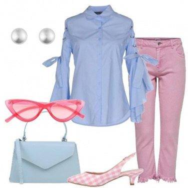 Outfit Tenera in celeste e rosa