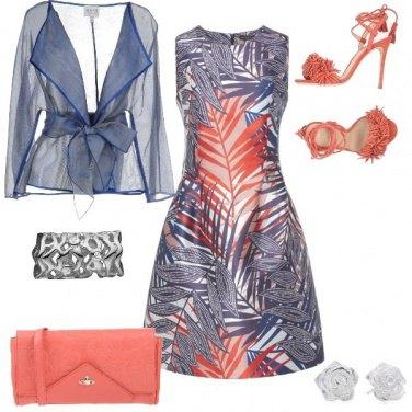 Outfit Pennellate delicate di blu e rosso
