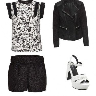 Outfit White and black