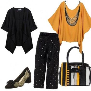 Outfit Nero e sfumature di giallo