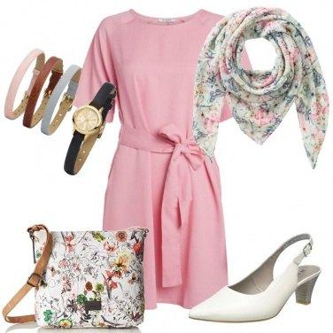 Outfit Con tanti accessori