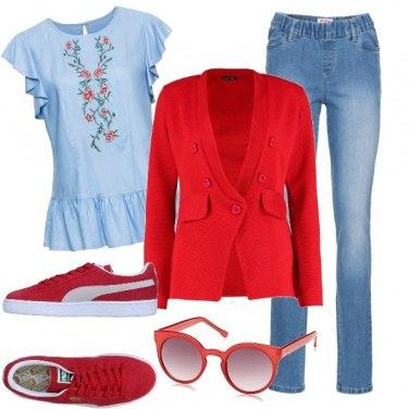 Outfit Azzurro polvere a fiori