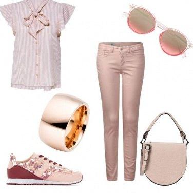 Outfit Total color rosa per tutti i giorni