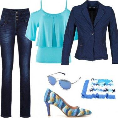 Outfit azzurro che passione!